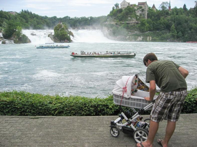 Mit 3 Monaten am Rheinfall in Schaffhausen